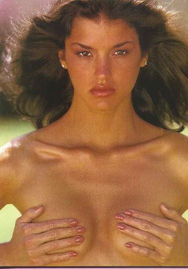 naked-pics-janice-dickinson-gif-two-girl-ass
