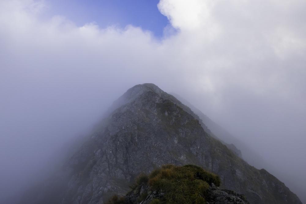 вершина Молдовяну, высшая точка Румынии