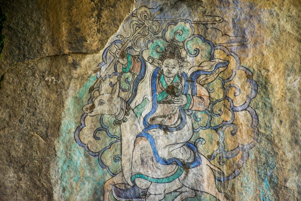 Восточный Тибет, монастырь Пангпхуг, пещера с изображением Миларепы и Церингмы