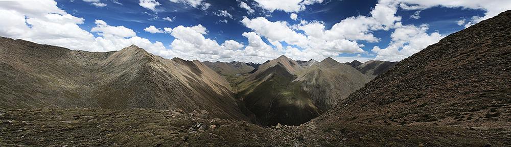 перевал Чуту-Ла 5250м при переходе от монастыря Ганден в монастырь Самье