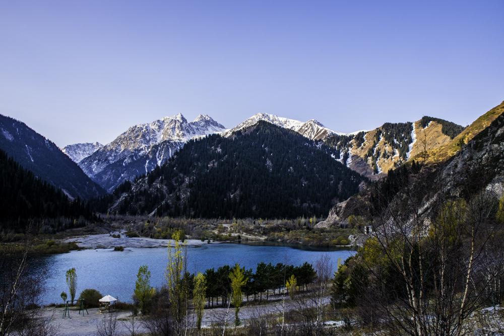 озеро Иссык, горный гид