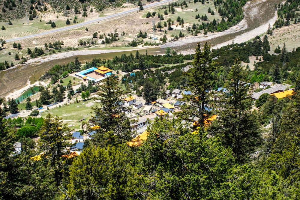 Восточный Тибет, монастырь Пангпхуг