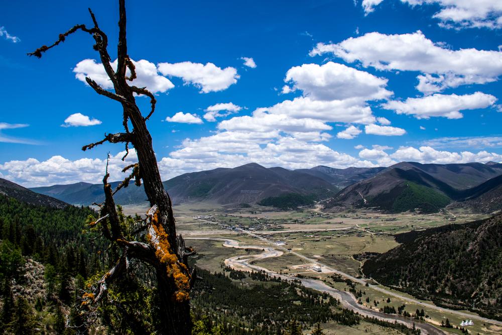 Восточный Тибет, монастырь Пангпхуг, долина реки Даоченг