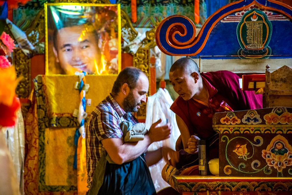 Восточный Тибет, монастырь Пангпхуг, друзья на пути