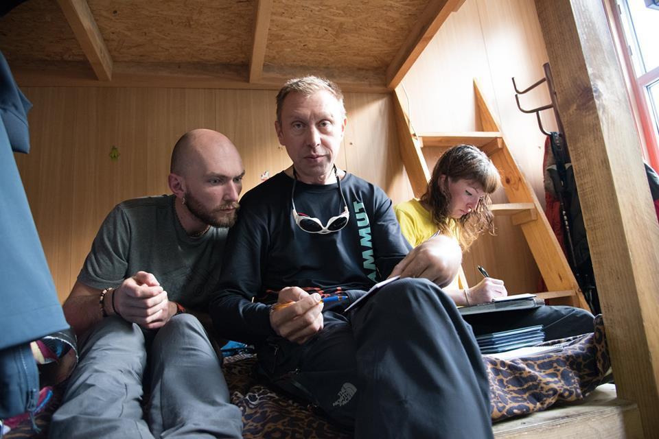 казахстанские альпинисты Кирилл Белоцерковский и Борис Дедешко