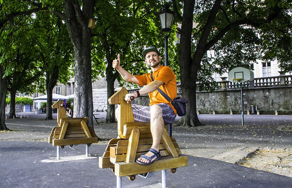 алматинский путешественник Андрей Гундарев (Алмазов) в Женеве