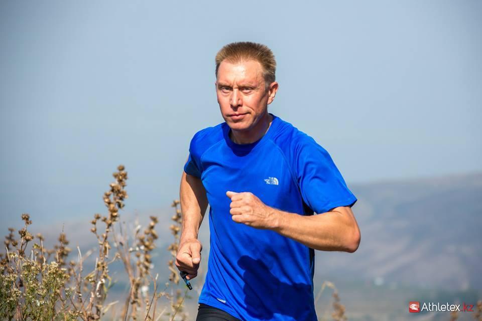 казахстанский альпинист Борис Дедешко