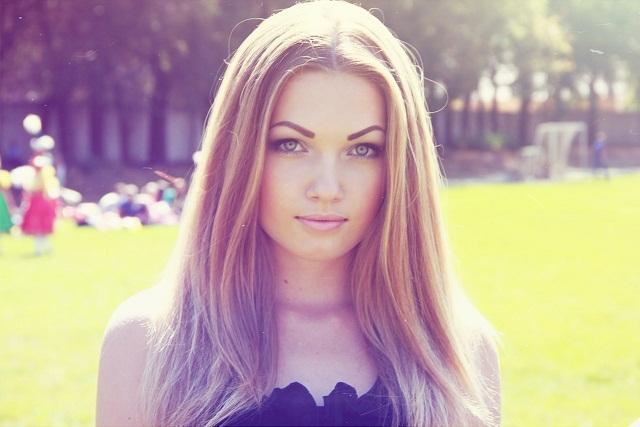 Картинки про девушек красивых блондинок и шатенок