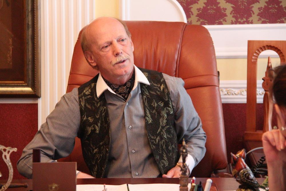 Виктор Аввакумов