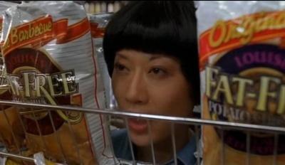 слежка за покупателями в супермаркетах, бесит!