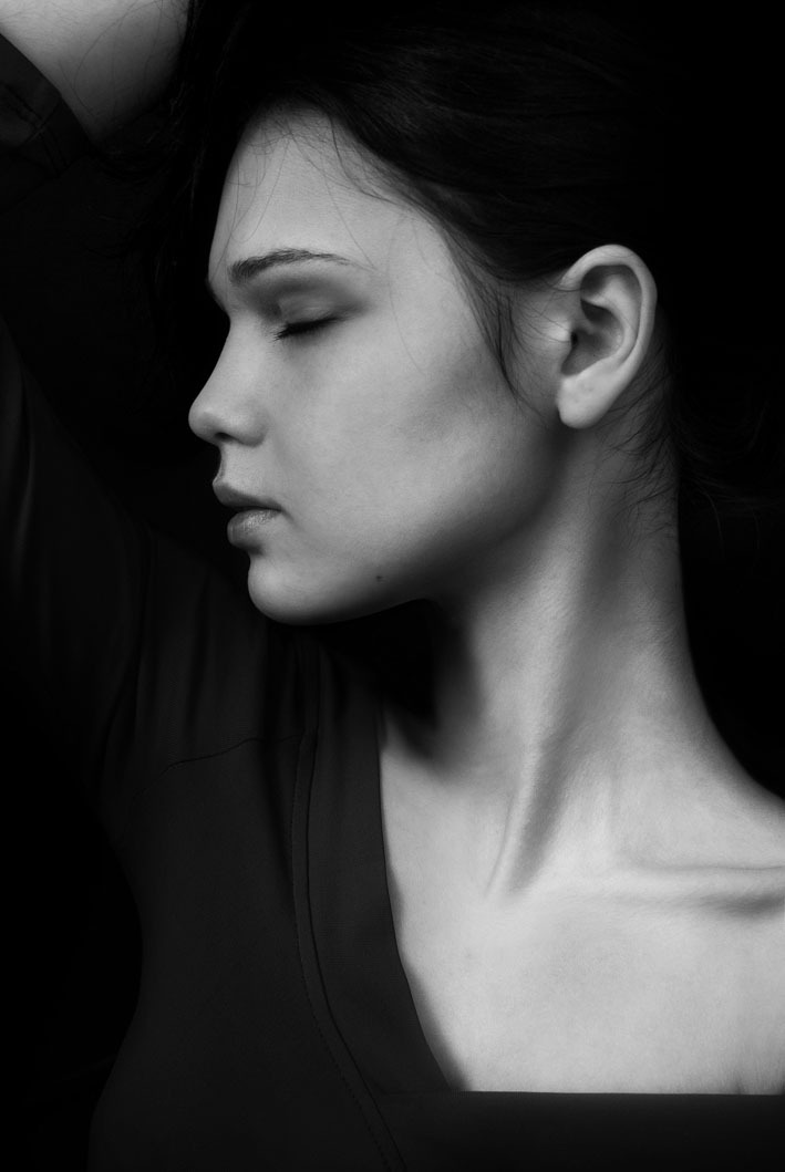 Красивых красивый профиль женский фото реке видео секс