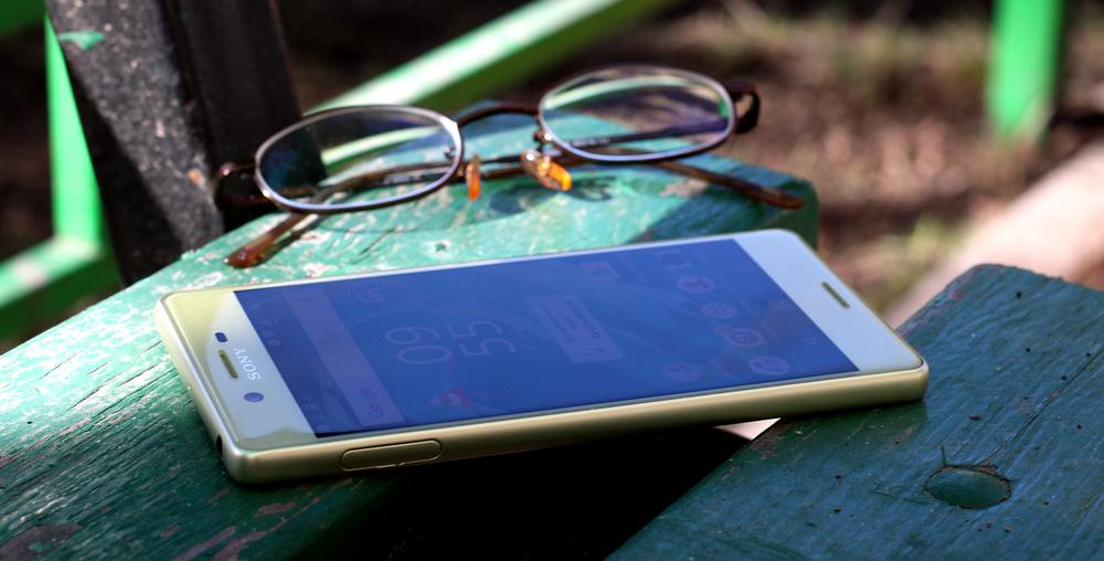 Фото Рустама Ниязова - обзор смартфона  Sony Xperia X