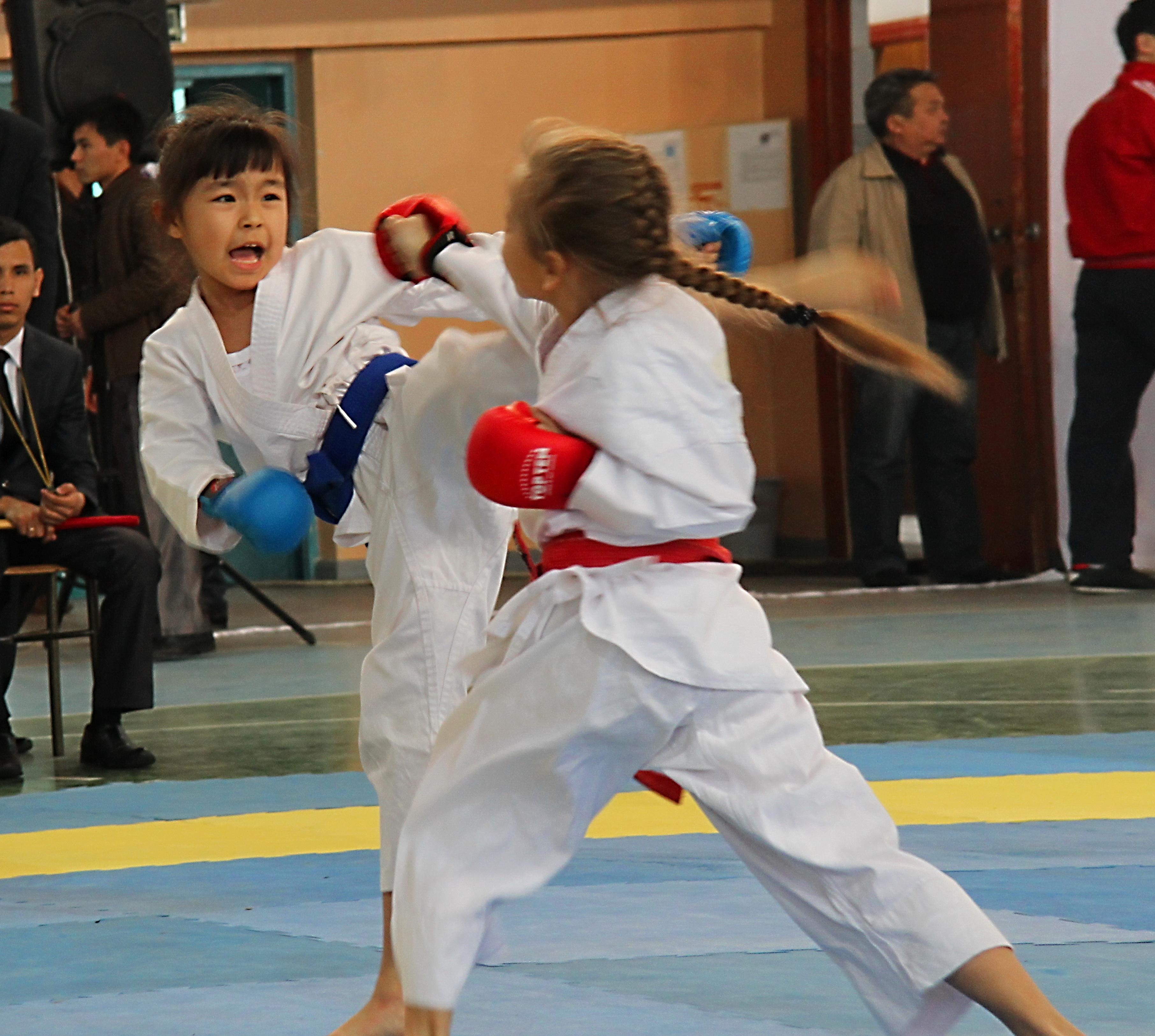 Спорт для девушек и девочек