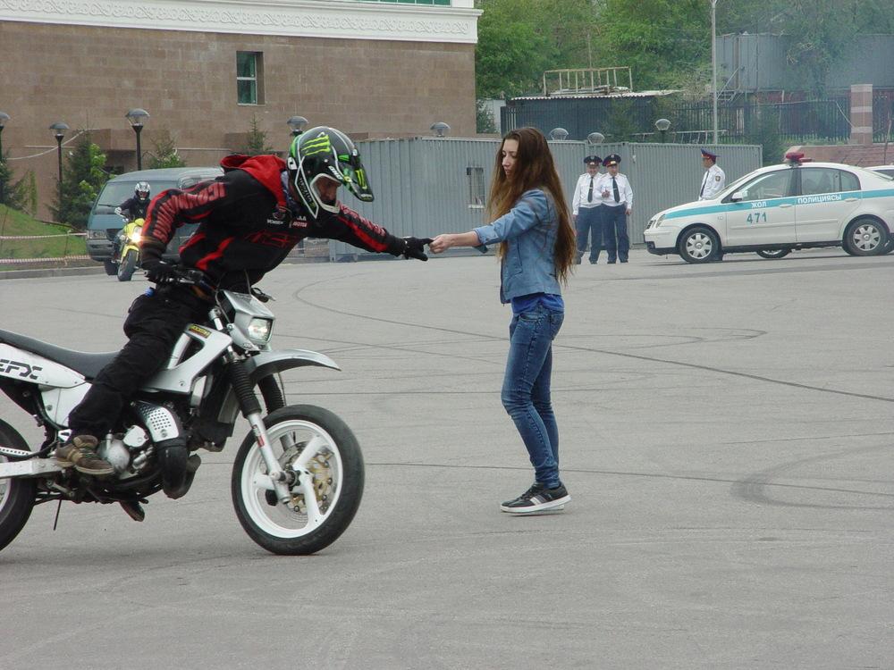 Мотоцикле знакомство на