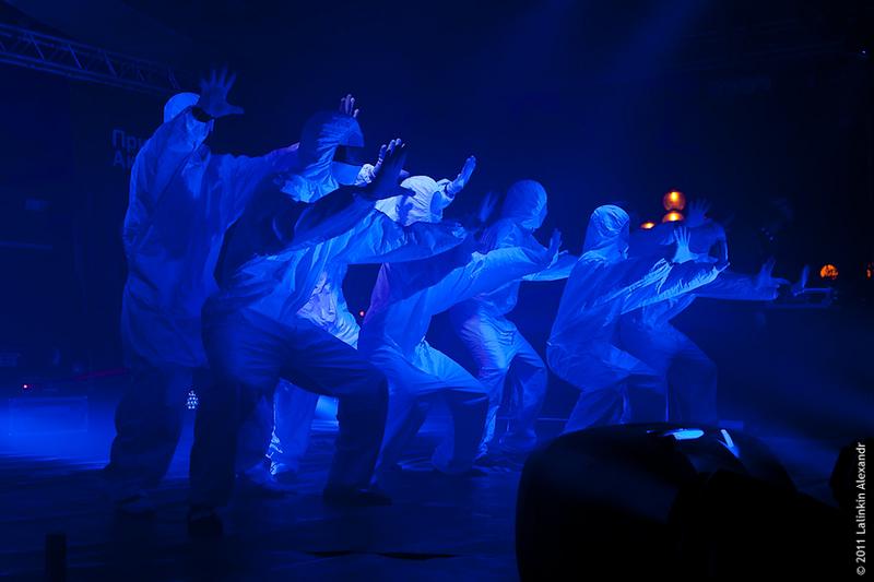 танцы на празднике Dizzy