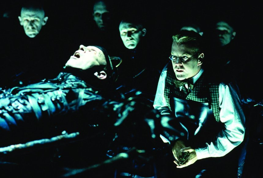a review of the film dark city Dark city dark city offers one of the most compelling explanations as to what happens when people are abducted by aliens the film is done in classic comic book style it wouldn't have surprised me if words illustrating explosions and fights started appearing on the screen.
